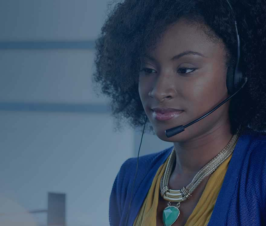 Virtual call center platform agent answering calls
