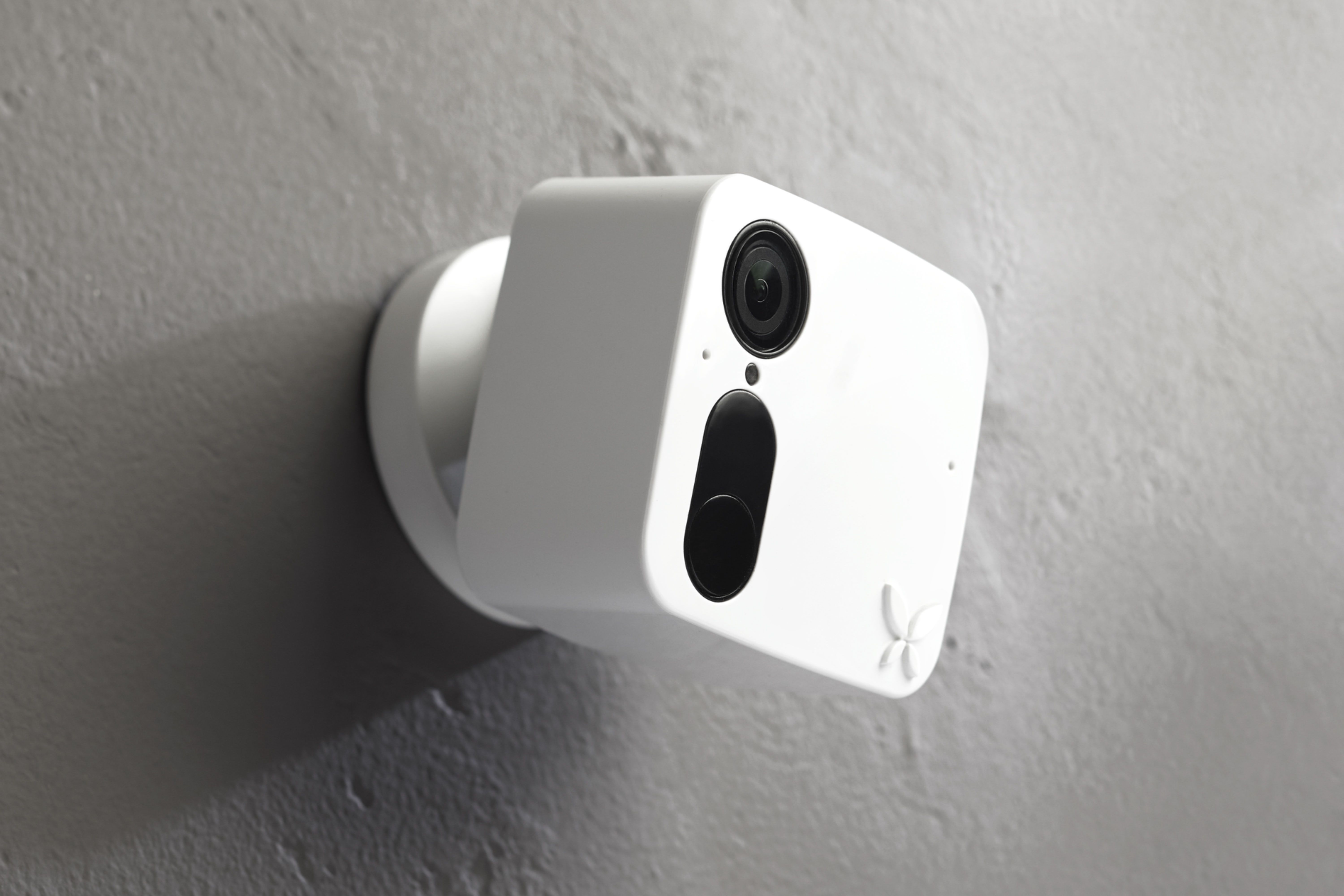 Wireless Security Camera Systems 101 - blog post image