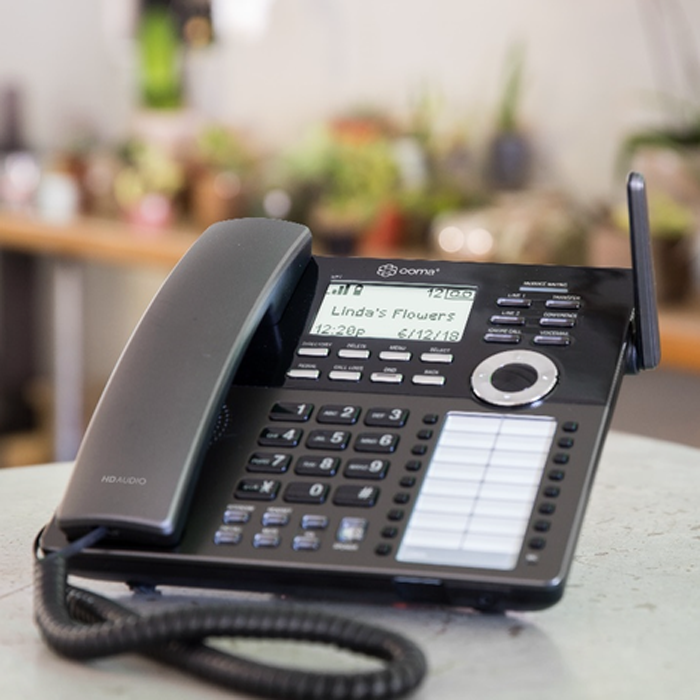 Ooma Launches DP1 Desk Phone for Wireless VoIP - blog post image