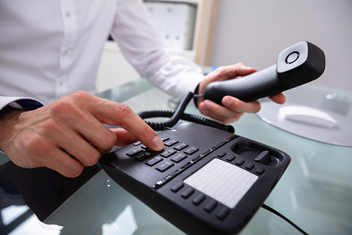 What Are the Pros and Cons of VoIP, Landline, and Cellular Phone Service? - blog post image