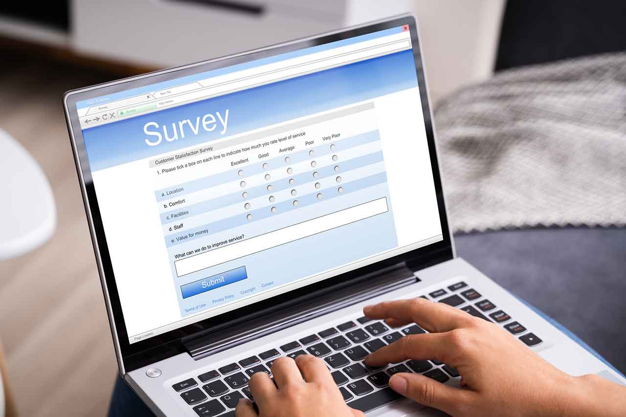 Why and how you should survey your employees in 2021. - blog post image